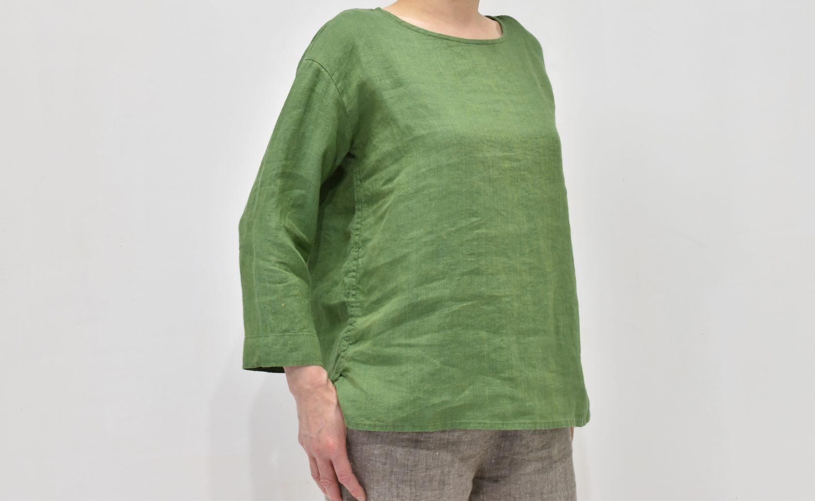 ファブリックスのリトアニアリネンクルーネックシャツ