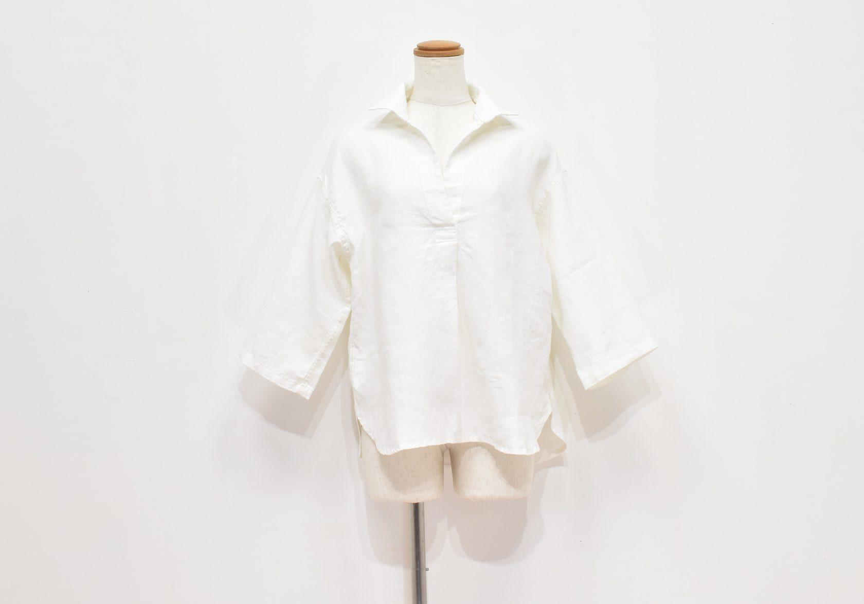 ファブリックスのリネンプルオーバーシャツ